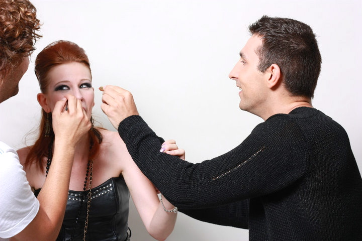 Comment préparer un shooting photo - coiffure maquillage tenue 5 Le Charme Electro.com