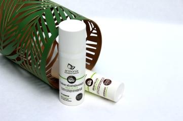 Soins visage : Crème et Sérum à la bave d'escargot de la marque Armonia - gamme Helixe Active