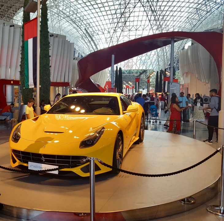 Abu Dhabi - Voyage - Ferrari World - Attractions - LeCharmeElectro