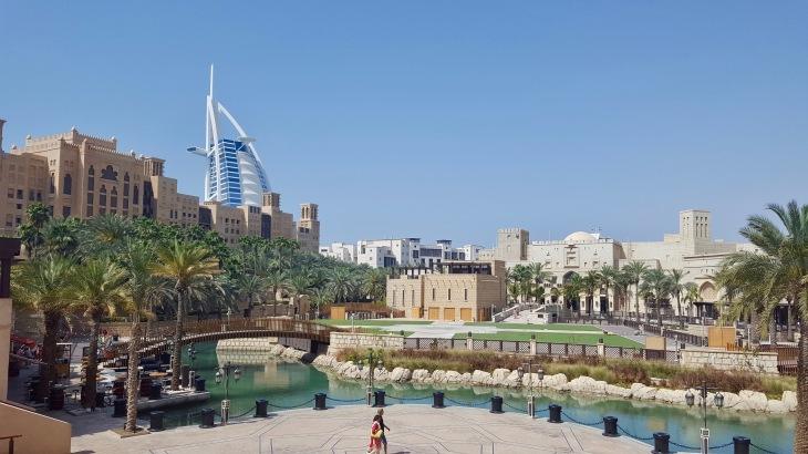 Dubai - Jumeirah 3 - Voyage - LeCharmeElectro