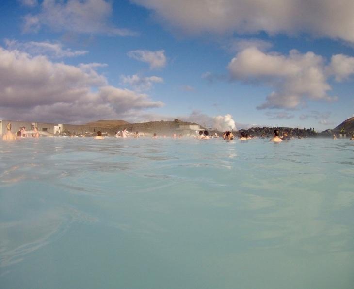 Blue Lagoon Islande vue de l'intérieur - Bains chaud