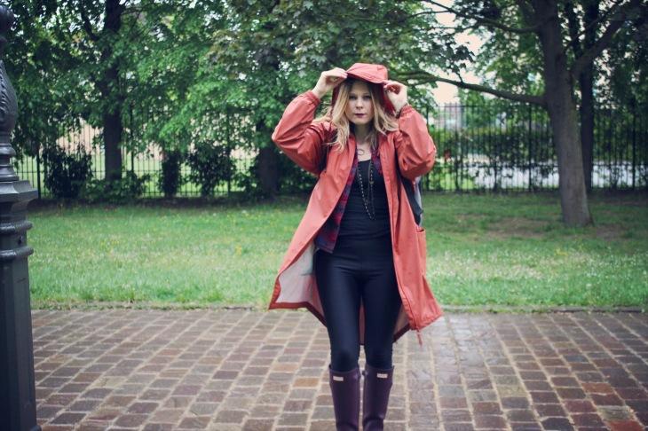 Comment ne pas finir trempée lors d'un festival sous la pluie
