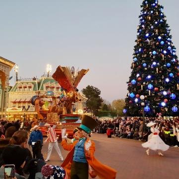 Parade à Disneyland Paris - Christmas - Parc Disneyland Paris