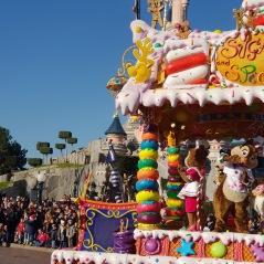 Parade de Noel - Christmas au Parc Disneyland Paris