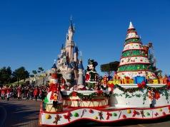 Parade de Noel - Christmas - Parc Disneyland Paris